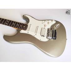 Fender® Blacktop Stratocaster® Floyd Rose® '2011 Titanium Silver