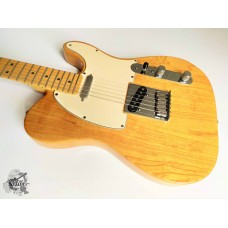 Fender® American Series Ash Telecaster® '2003 Natural w/case