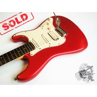Fender® Am Deluxe Stratocaster® HSS '2001 CAR (идеальное)