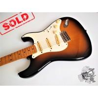 Fender® '57 Reissue Stratocaster® '1985 Brown Sunburst (идеальное)