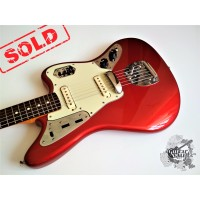 Fender® AVRI '62 Jaguar® '2001 Candy Apple Red