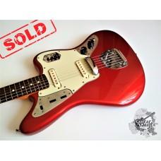 Fender® AVRI '62 Jaguar® '2001 Candy Apple Red