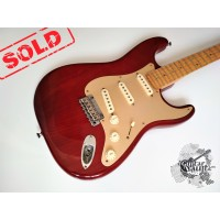 Fender® Custom Shop Classic Player Strat® '2001 Bird's Eye (отличное)