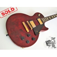Gibson Les Paul Studio '2010 Wine Red w\case (отличное)