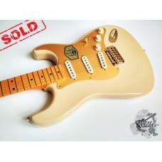 Fender 60th Ann. Classic '50s Strat '2014 Desert Sand (витринное)