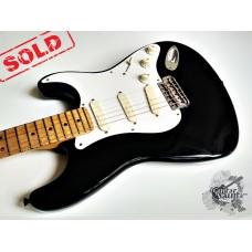 "Fender® Eric Clapton ""Blackie"" Stratocaster® '1995 w/case (хорошее)"