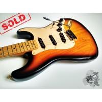 Fender® Deluxe Player's (Custom Shop '54) Strat® '1997 (отличное)